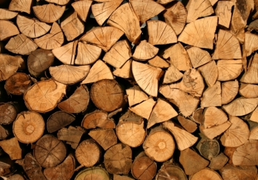 Centrale pe lemn